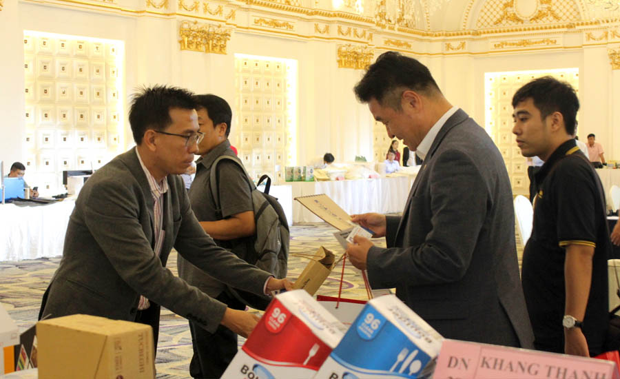 Khang Thanh oosting trading activies with Taiwan and South Korea