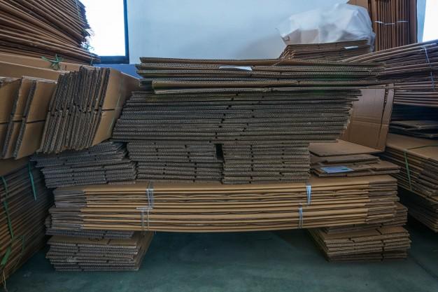 cách tìm thùng carton miễn phí tại cửa hàng tạp hóa